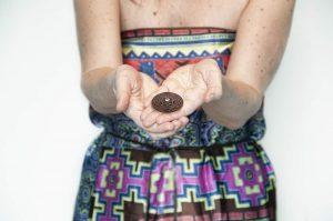 amulet chrání toho, kdo věří v jeho moc